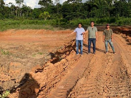 Prefeitura trabalha com a construção de açudes para produtores rurais de Marechal Thaumaturgo