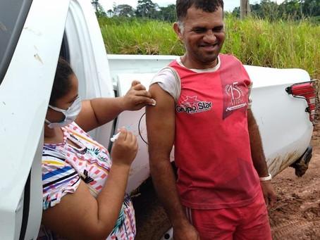 Marechal Thaumaturgo começa a imunizar sua população geral contra a covid-19