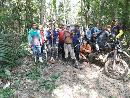 Vereadores participam de mutirão na comunidade Palmulato e ajudam na reabertura de ramal