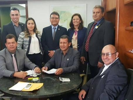 Isaac Pyãko participa de comitiva de prefeitos em Brasília em busca de recursos para o município