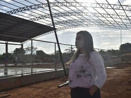 Prefeitura de Brasileia inicia construção de quadra coberta no bairro Alberto Castro