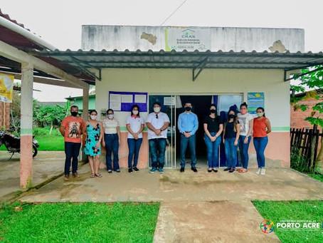 Equipe da assistência social troca experiência com o Príncipe, ex-vereador de Tarauacá