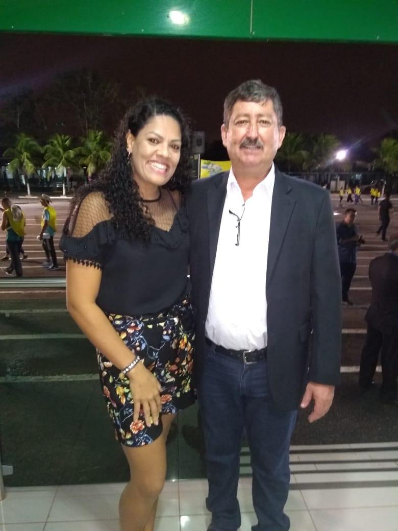 Prefeito Ederaldo Caetano (PSB) e a administradora Italita Fernanda da Silva