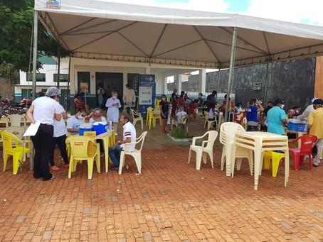 Prefeitura realiza mutirão de vacinação contra covid-19