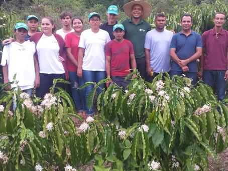 Produtores do Assentamento 13 de Maio participam de capacitação ao cultivo do café Clonal