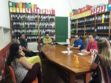 Após cobrança do vereador Lauro Benigno, prefeita resolve pagar bolsa dos estudantes do PARFOR