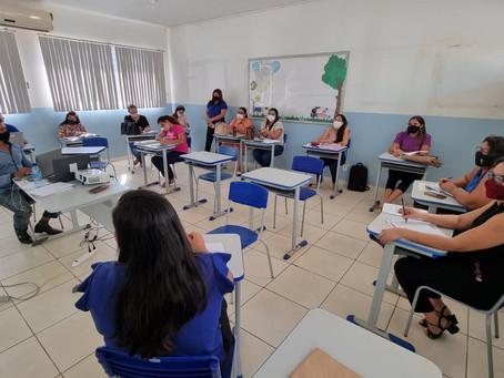 Prefeitura debate plano de retorno as aulas presenciais em Senador Guiomard