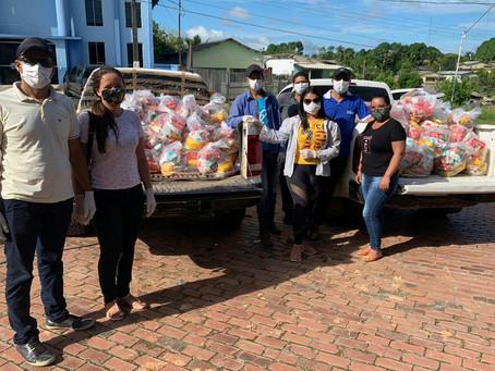 Prefeitura de Rodrigues Alves realiza entrega de kits de alimentos aos estudantes da zona rural