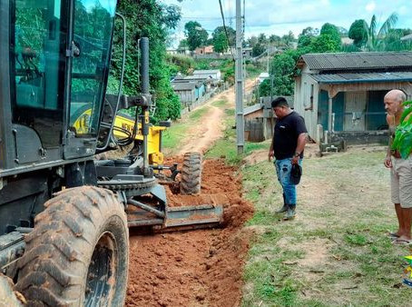 Prefeitura de Manoel Urbano, intensifica os trabalhos de manutenção e limpeza pública