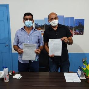 Prefeitura de Capixaba assina termo de cooperação com ITERACRE