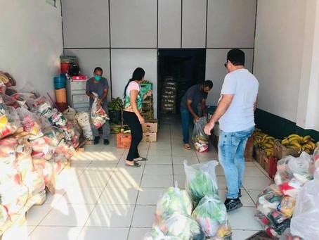 Secretaria de Educação entrega kits/sacolões para os alunos matriculados na Escola Rita Bocalom
