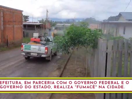 Saúde Pública: Prefeitura combate a dengue com uso do carro fumacê em medida emergencial