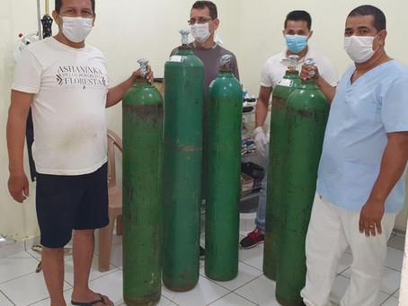 Viajem é realizada em tempo recorde para buscar cilindros de oxigênio em Cruzeiro do Sul