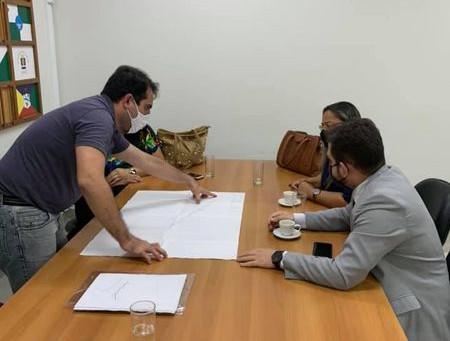 Na AMAC, vice-prefeita e comitiva, acompanham projetos para beneficiar a população portoacrense