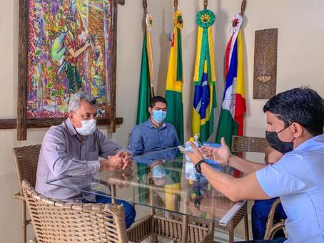 Prefeito Bira Vasconcelos recebe visita institucional do Deputado Jenilson Leite