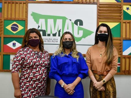 Parceria: Fernanda Hassem se reúne com diretora da OCA para implantação da Central em Brasileia
