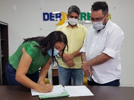 Rosana Gomes busca parcerias para recuperação de ramais, pavimentação de ruas e retirada de entulhos