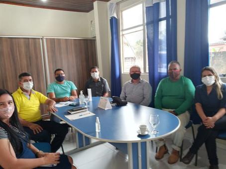 Vereadores recebem pecuaristas do município