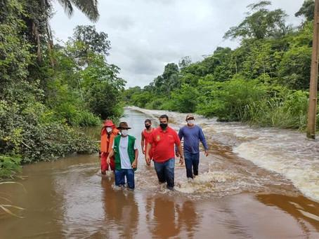 Prefeitura de Porto Acre presta auxílio as famílias atingidas pela cheia do Rio
