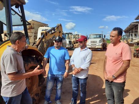 Vereadores Magildo Lima e Lenon, visitam a secretaria de obras e agricultura e reafirmam parceria