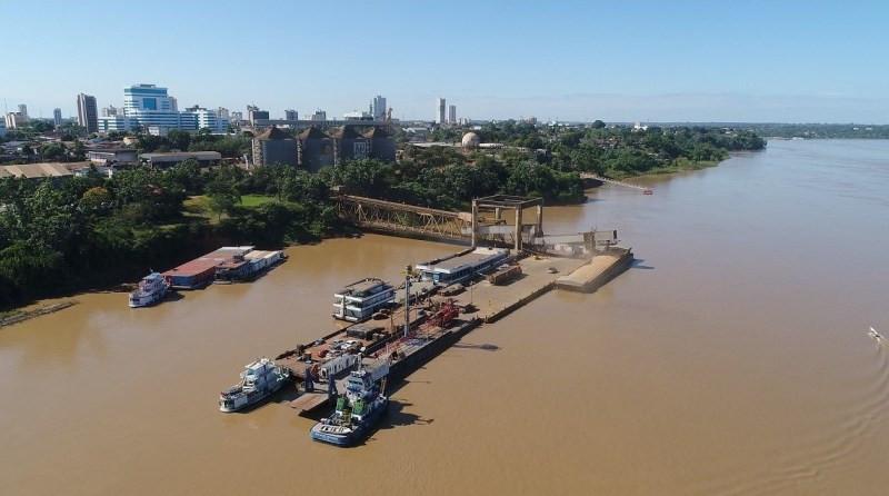 Balsas de soja atracadas no Porto de Rondônia; soja do Acre pode ser escoada pelo rio Madeira para o mundo, via BR- 364 (Foto: Governo do Estado de Rondônia)