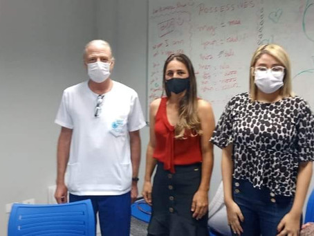 Vereadora Leidiane Dornelas busca informação dos testes de covid no laboratório Charles Mérieux