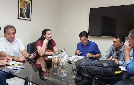 Vereadora Janaina Furtado busca investimento para população de Tarauacá