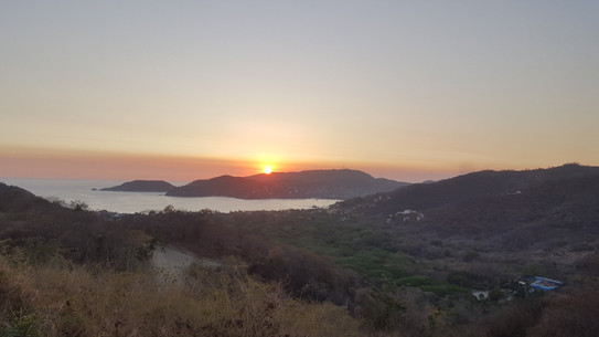 Zihuatanejo bay Sunset