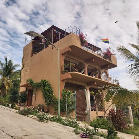 Street view of Casa Arcoiris.jpg