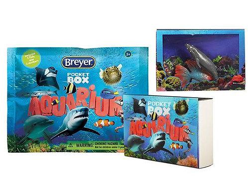 Breyer: Pocket Box- Aquarium