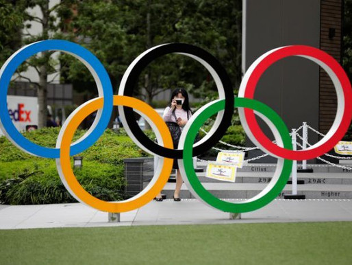Olympics-Surfing and Games still in love but wedding on hold