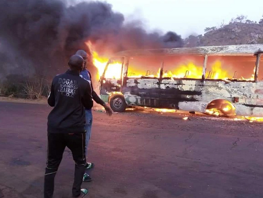 Soccer-Nigerian top-flight side's team bus goes up in flames