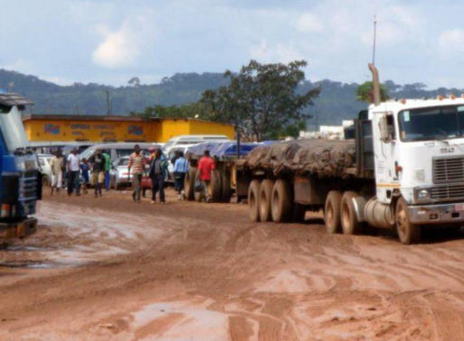 Extension of operating hours at Kasumbalesa border raises security concerns
