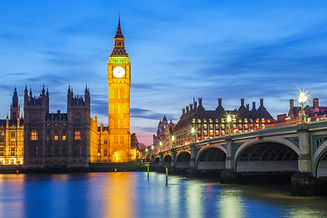 big-ben-house-parliament-night-london-un