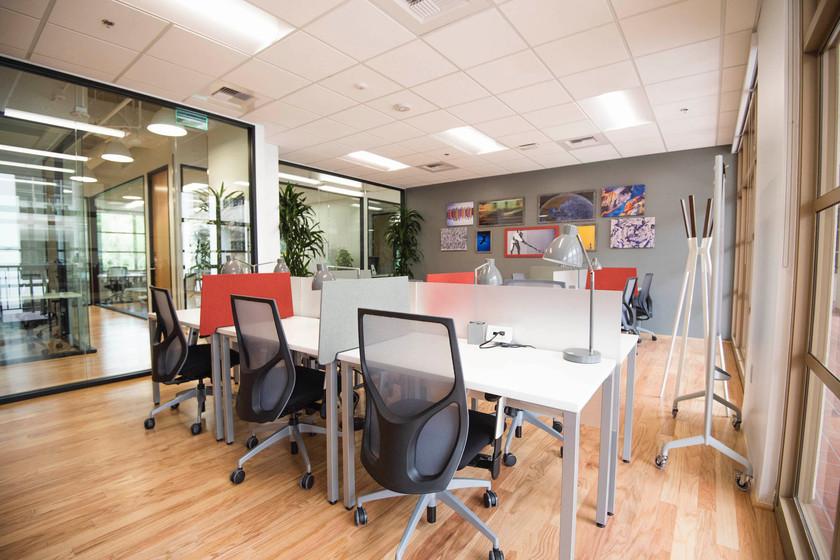 Spaces Calabasas desks