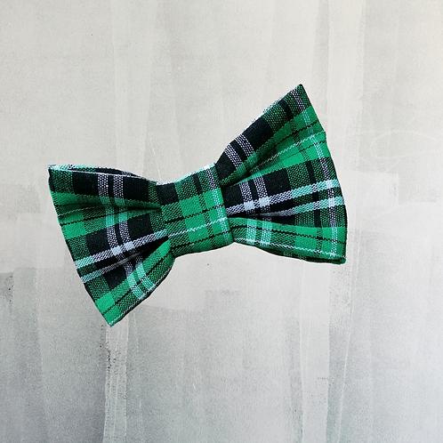Green Tartan Treasure bow