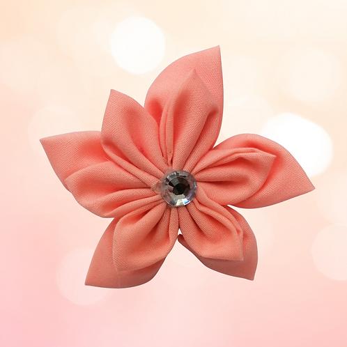 Just Peachy collar flower