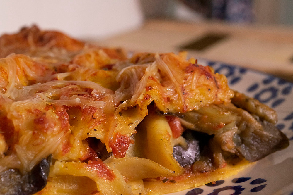 Dégustation assiette lasagnes aux aubergines