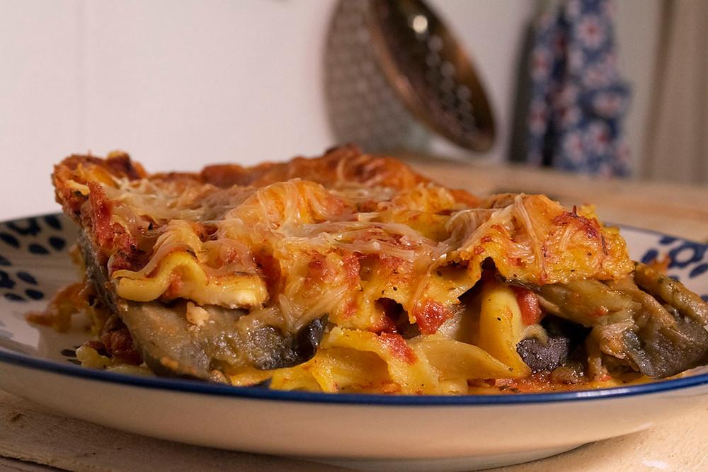 Assiette de lasagnes aux aubergines