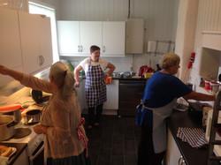 Dugnadsgjengen på kjøkkenet