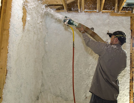 washington DC man doing spray foam insulation