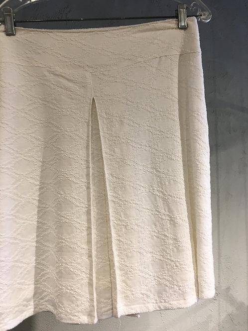 13663-9 Jupe doublée à pli creux au devant texturé blanc