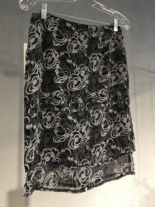 8517 Jupe doublée droite en mousseline de polyester fleuri noir/gris/blanc