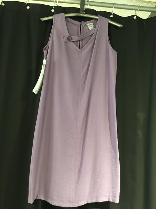 B508-TP robe droite texturé mauve martingale à l'encolure