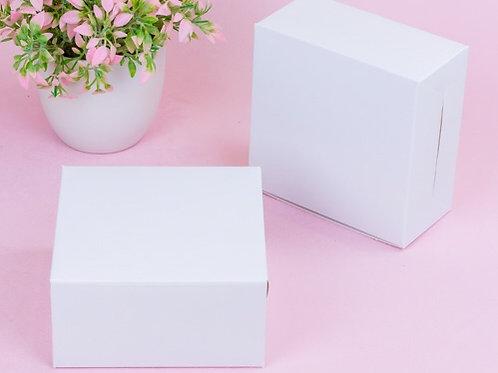 กล่องสแน๊ค/จัดเบรค สีขาว (12.7 cm)
