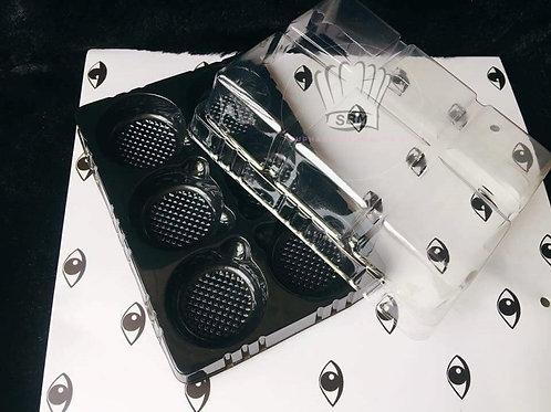 กล่องหลุม 6 ช่อง (ฐานสีทองเข้ม/ดำ)