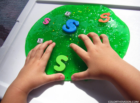 HOW TO MAKE YOUR OWN SLIME FOR SENSORY PLAY