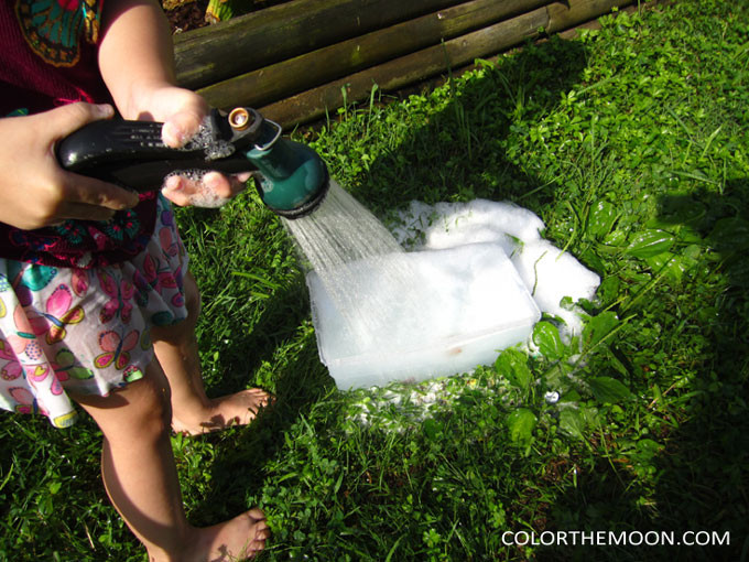 These foam bubbles are SO MUCH FUN and you won't believe how easy they are to make! What a great sensory bin filler for hands-on play!
