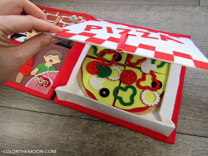 YOU CAN MAKE THIS pizzeria quiet book! Patterns and video tutorials available!