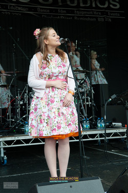 Vintage Singers 6 -  Rock The Beacon 201